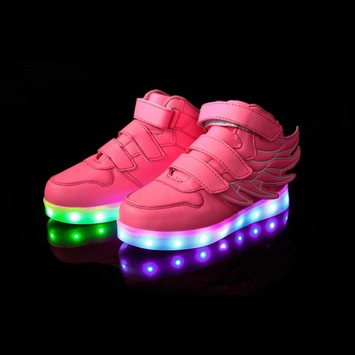 bd1da2e896a3 chaussure lumineuse reebok